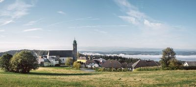Panoramablick mit Viscope Fernrohr Pfarrkirchen i. M.
